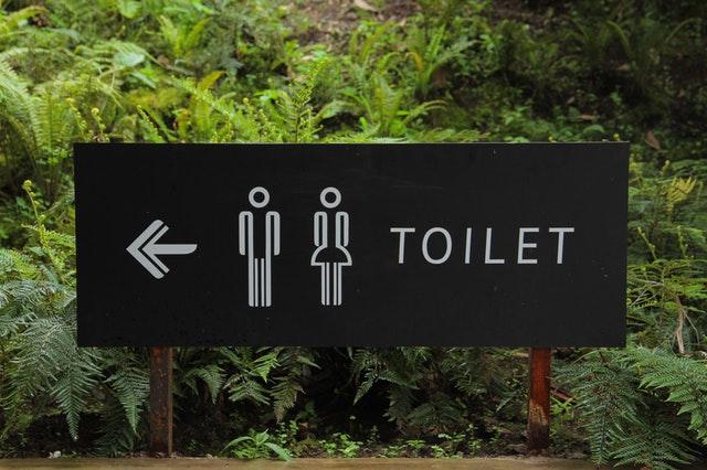 toilet sign men women