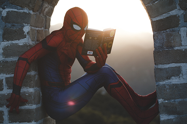 spiderman reading