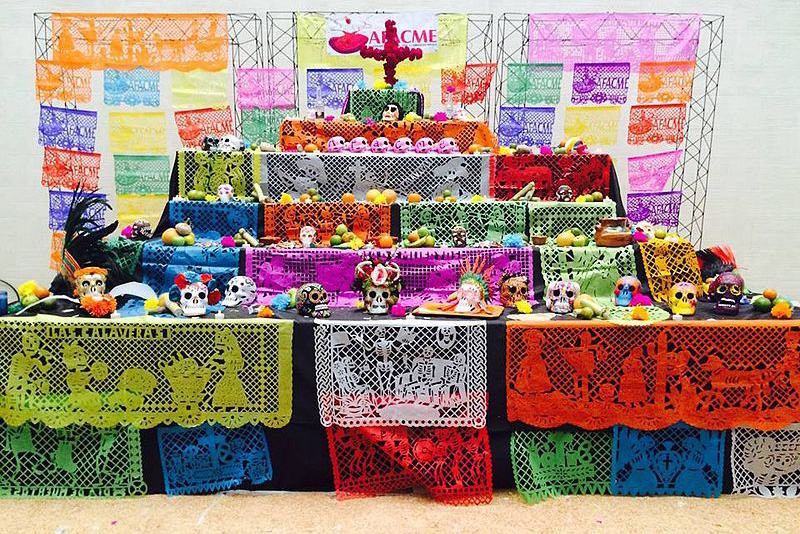 day of the dead altar with skulls