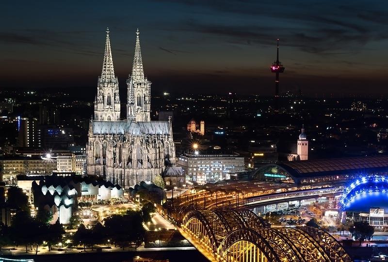 Cologne at night