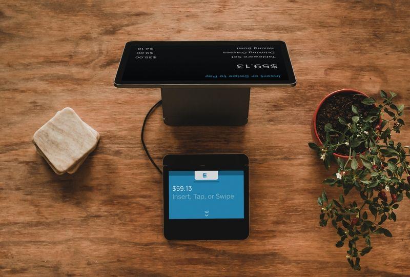 Electronic credit card machine