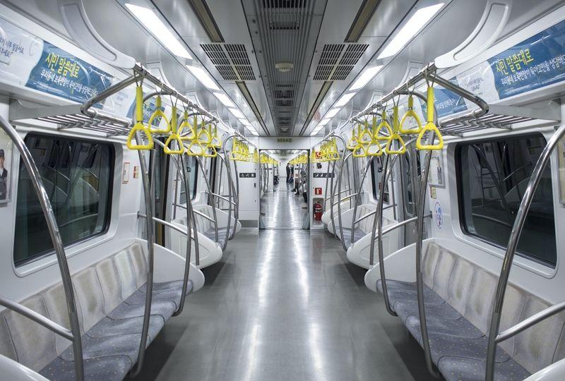 Empty Korean subway
