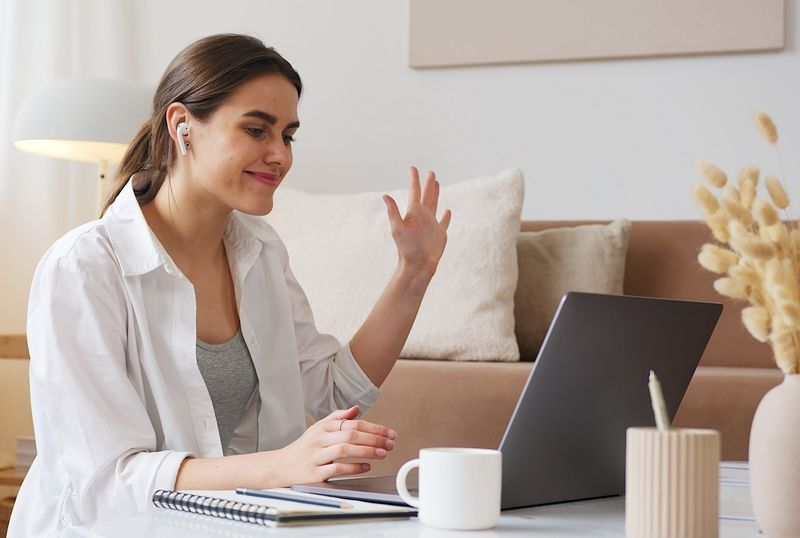 woman speaking to someone online