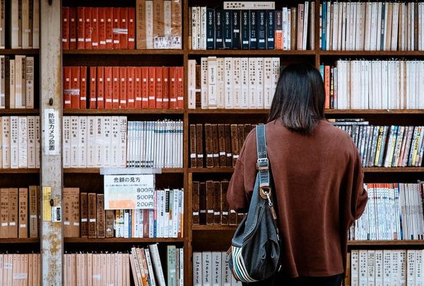 Top 10 Classic Japanese Books for Learning Japanese at All Levels